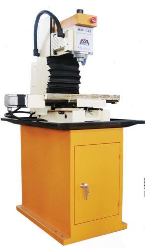 最新研發 CNC HM-135 電腦數控桌上大型銑床