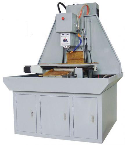 最新研發 CNC HM-241X 電腦數控桌上大型銑床